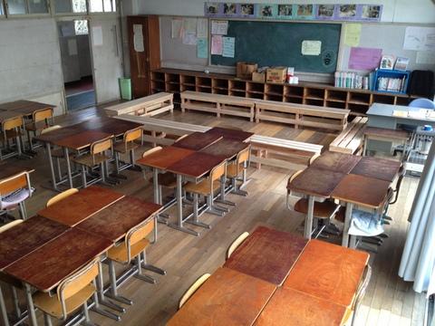 教室空間は自分たちでね!