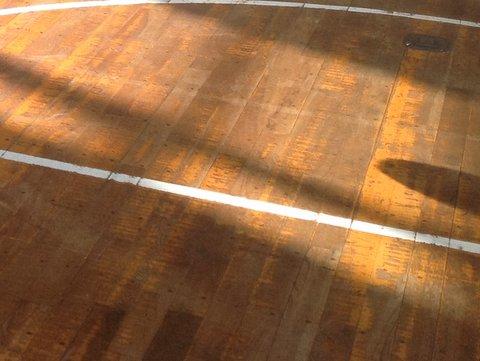 冬の体育館