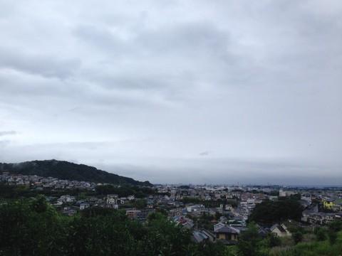 早朝ランで見る街