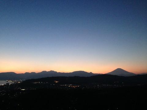 富士山と箱根の夕焼け