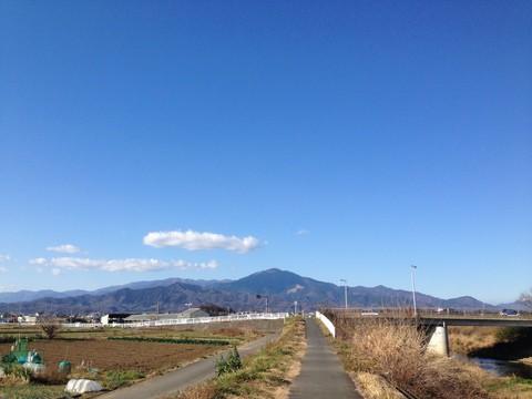 豊田本郷付近から大山を望む
