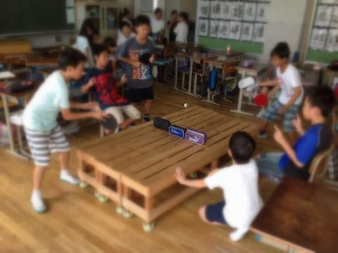 サークルベンチで卓球を!