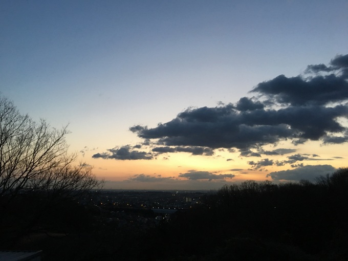 春の嵐がやって来る朝ラン