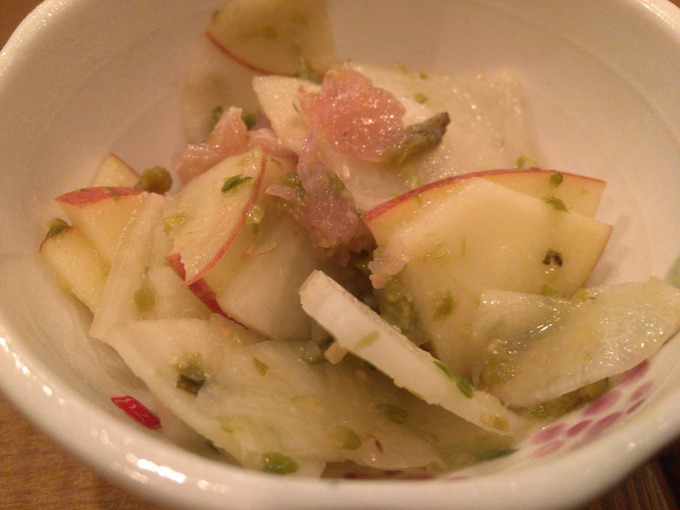 リンゴと蕗味噌のサラダ