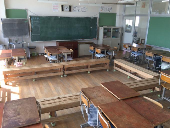 サークルベンチのある教室2017