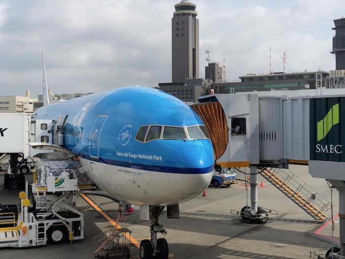 KLMでアムステルダムへ