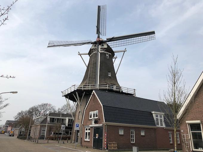 1838年に建てられた風車