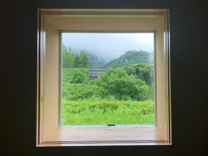 六日市「ゆらら」の窓から