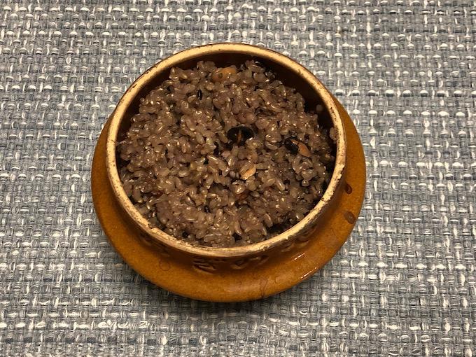 おぎのやの釜飯の器で玄米を炊く