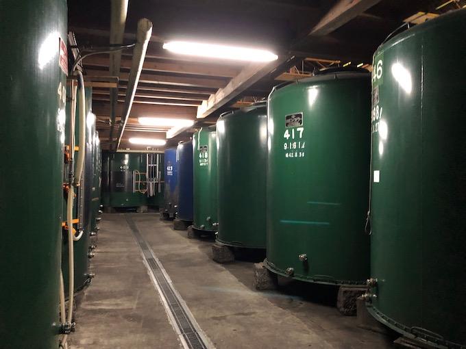 黒澤酒造のタンク