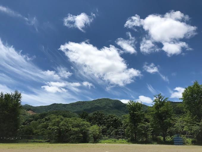 梅雨の晴れ間と茂来山