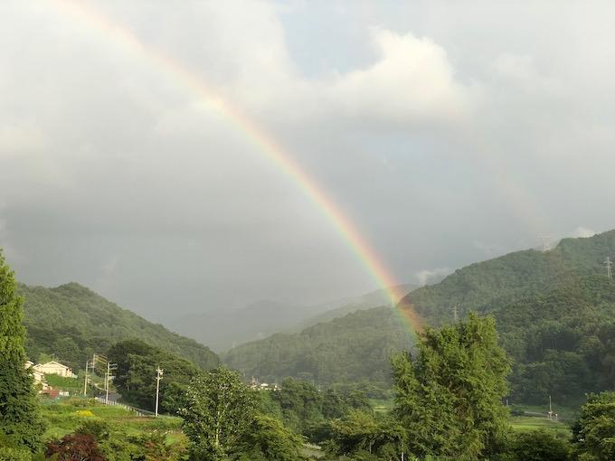 雷雨と虹と涼しい夜