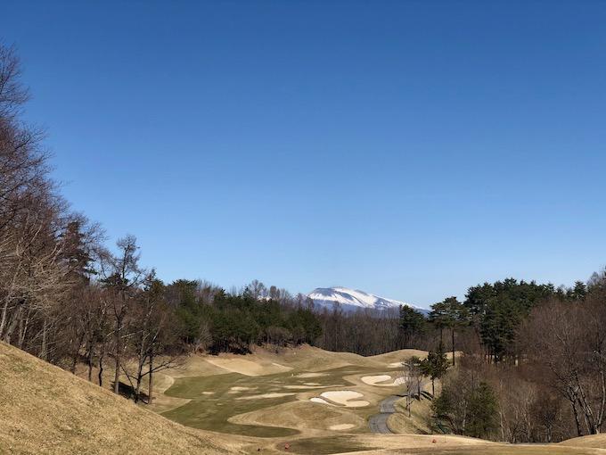佐久リゾートから浅間山を望む
