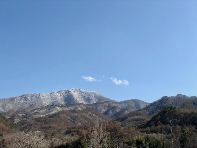 昨日の雪から一転して快晴の一日