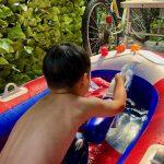 水遊びで刺激される好奇心