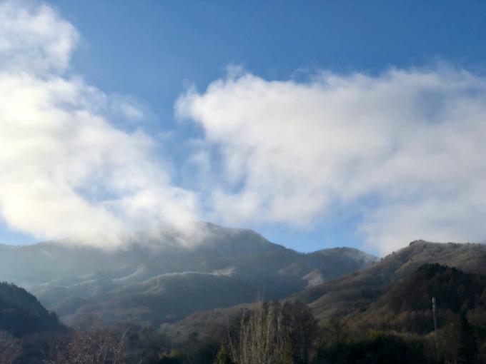 少しずつ霧が晴れるように