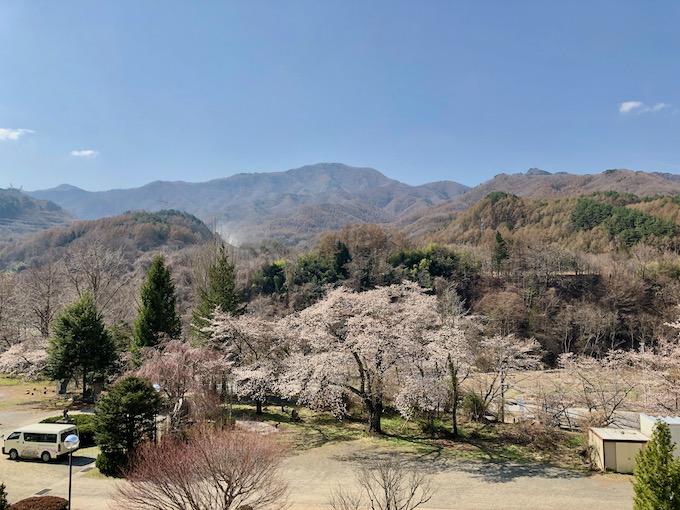 そろそろ桜も満開の大日向